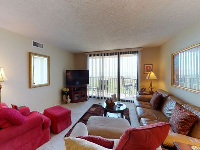 Photo for A lap pool, hot tub, and Har-Tru tennis courts highlight this oceanfront getaway