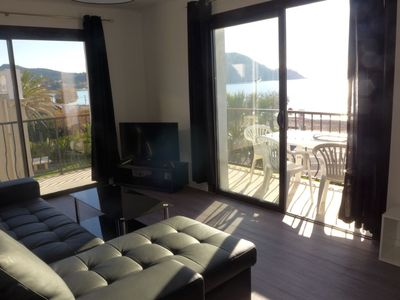 Photo for Apartment 595 m from the center of Saint-Cyr-sur-Mer with Parking, Internet, Washing machine, Air conditioning (502503)