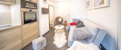 Photo for Superb modern and cozy apartment, close to the center and the ski lifts