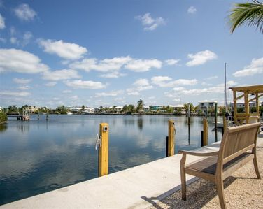 Photo for Reel Paradise II 2bed/2bath half duplex with dockage