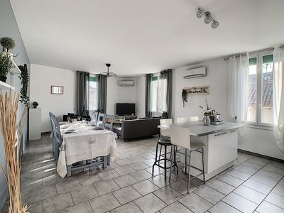 Photo for Luxurious 100m2 apartment in Provence with terrace