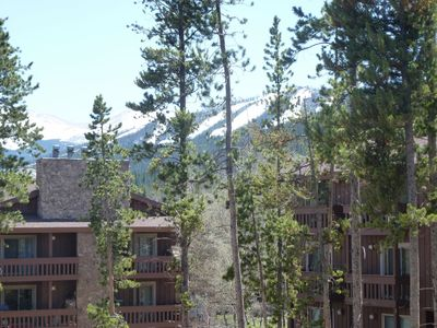 Photo for Colorado vacation awaits!  Serene views, family-ready retreat, extra amenities