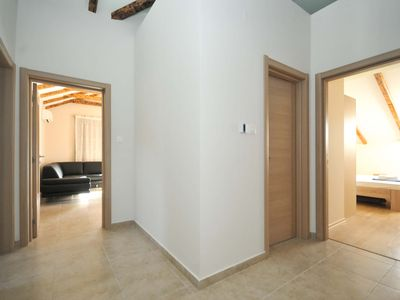 Photo for 3 bedroom apartment with side sea view