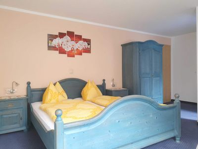Photo for Double room 05: 21 m², 1-room, 2 persons, garden, WL - Pension Edelstein