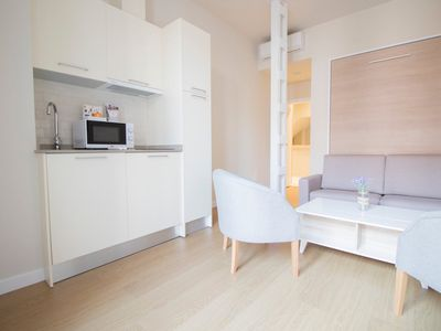 Photo for La Boda de Fígaro apartment in Macarena with WiFi, air conditioning, shared terrace & lift.