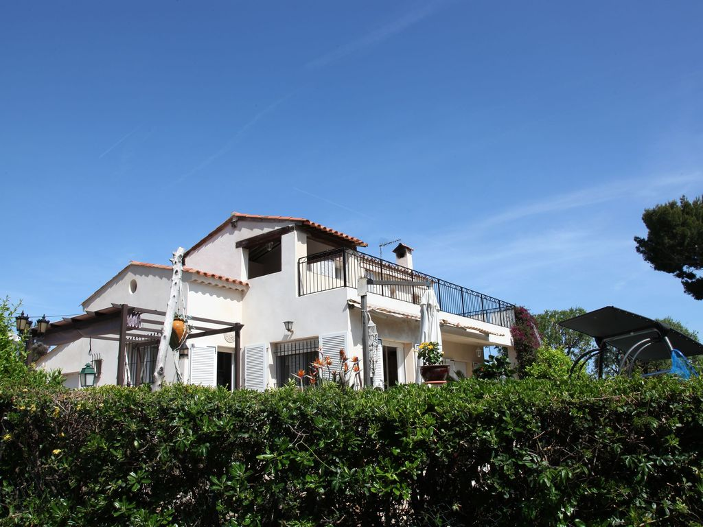 antibes villa rental villa with terrace and sea view - Maison Moderne Antibes