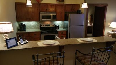 If You Want The Best! This Is It! Sleeps 8 !14 Ft Ceilings! 4k TV! Heated Garage