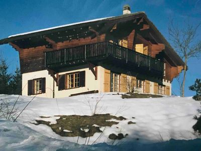 Photo for Chalet with fantastic views in the middle of the mountains