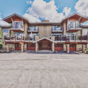Photo for Sun Peaks Townhouse in Trappers Landing
