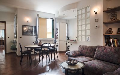 Photo for Cozy 2bdr apt in city center