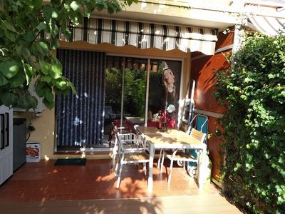Photo for Holiday apartment Six Fours les Plages for 1 - 3 persons with 2 bedrooms - Holiday apartment