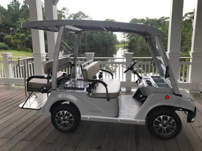 6 seater golf cart included with rental
