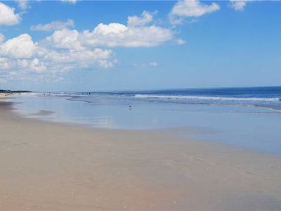 Photo for Holliday: 6 BR / 6.5 BA house in Pawleys Island, Sleeps 16