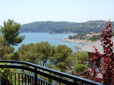 Photo for Apartment in Llafranc, community with pool, and tennis, 450m from the beach.