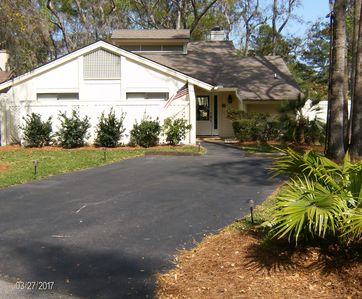 Photo for Stylish & Updated ~ Moss Creek 3BR Home ~ Water & Golf Views