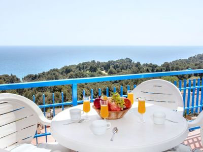 Photo for Beautiful apartment for 10 guests with WIFI, private pool, TV and balcony