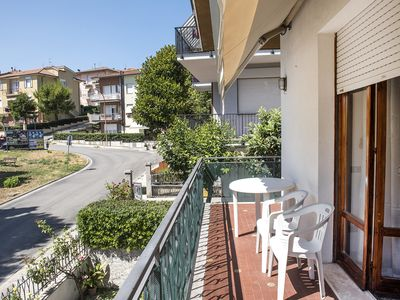 Photo for S168 - Sirolo, large three-room apartment convenient to the right services