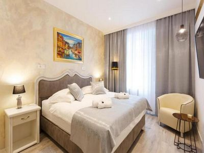 """Photo for Luxury King Room """"Well of Life"""" no.1"""