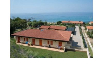 Photo for Comfort Apartment with Oleander Garden - at Le Casette sul Mare