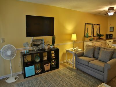 Gulfside TownHomes 13 ~ Walk to town, AWESOME views from 2 balconies, Free WiFi, SMART TV