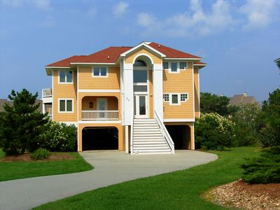 Photo for Rudder Village 24 - Spacious Canal-Front Home in Pirate's Cove