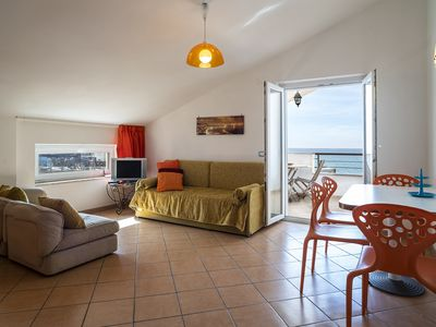 Photo for Apt Topazio - Villa Preziosa, sea front with terrace