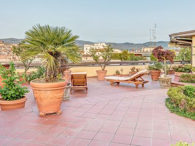Photo for Finely furnished penthouse, ideal for the stay of six persons.