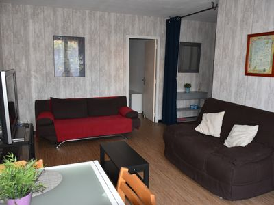 Photo for Apartment of 55m2, 80m to beach and pine forest, terrace, 1 bedroom, kitchen
