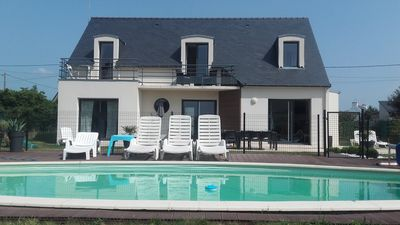 Photo for Design villa, heated and private pool 300 m away from the sea in para-hotellerie