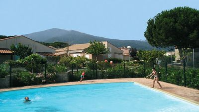 Photo for Pleasant holiday villa air-conditioned-Veranda-garden and access swimming pool-tennis