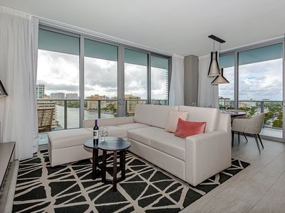 Photo for 5 ⭐️ AMENITIES Luxury 3 BR - FRONT Intercostal VIEW