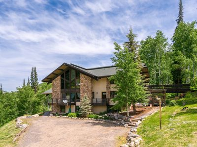 Photo for Mountain Lodge with Majestic Views. Perfect location and a rare Steamboat gem