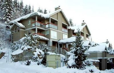 Photo for Three Bedroom Ski In/out Townhouse with Private Outdoor Hot Tub!