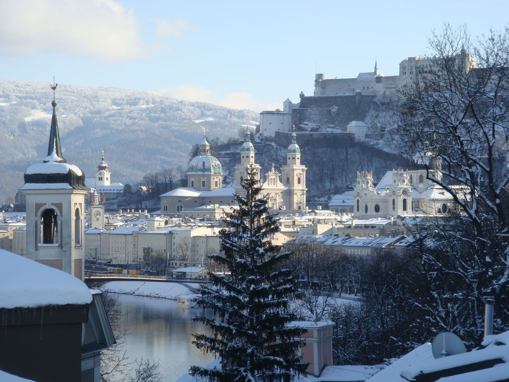 First Class Vacation Apartment With HomeAway Salzburg - First class vacations