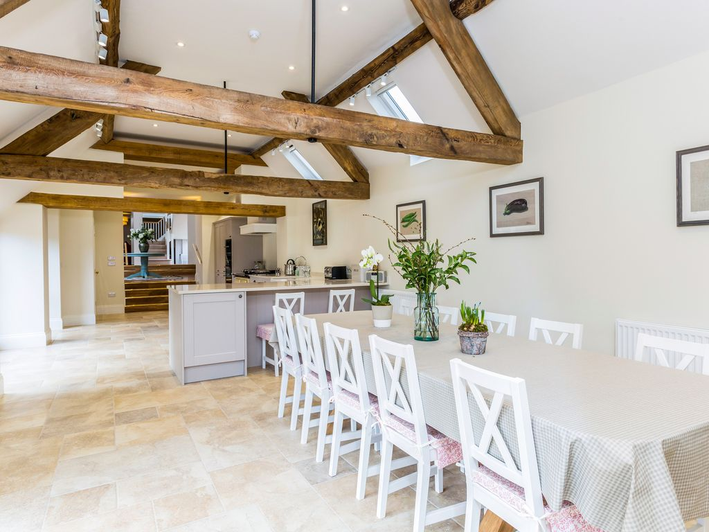 Amazing 6 Bed Barn Conversion Modern Refreshing 6 Bedroom Barn