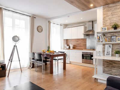 Photo for IN THE HEART OF PARIS NEXT TO RUE  CLER - MINUTES FROM  EIFFEL TOWER - CALM 1BR!