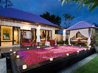 Great villa 10 mins walk into Kuta square. Quite, peaceful, good size villa, pool & bathroom.