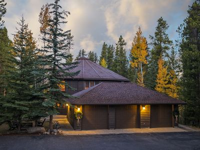 Photo for Private Lodge on 3 Acres 1 Mile to Town. 6 Bdrm Suites. Colorado at it's finest!
