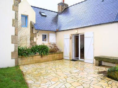 Photo for Breton house with a pretty courtyard closed and flowery with WIFI in TREBEURDEN