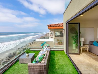 Photo for Oceanfront Condo with a Gorgeous Rooftop Deck