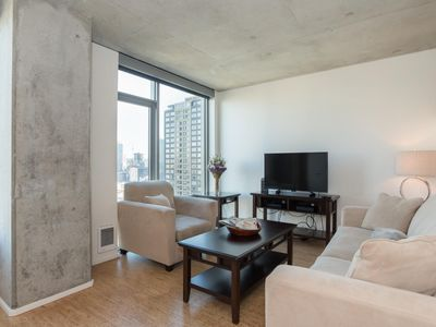 Photo for Luxury Downtown 1 Bedroom Apartment - 5 Mins to Pike Place!