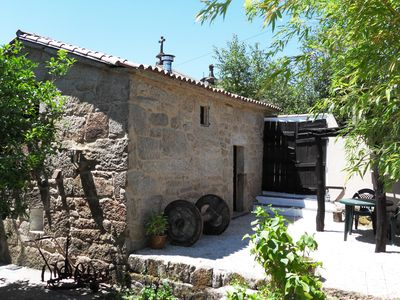 Photo for Charming cottage ´A Casiña do Limoeiro´ set in pretty countryside of Cotobade