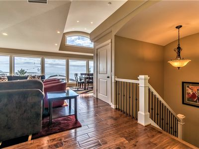Photo for Elevator, Master Suites, Jacuzzi's -  steps to the Beach!