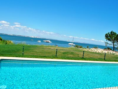 Photo for Holiday Beach Villa with Pool on top of a semi-private beach (south of Lisbon)