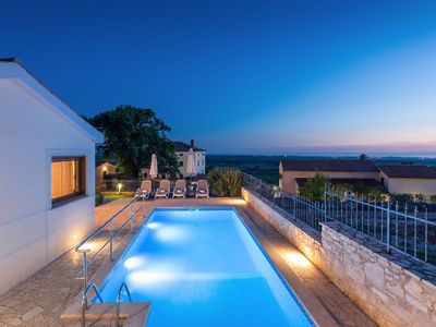 Photo for Villa with panoramic view, billiard, table tennis and table soccer