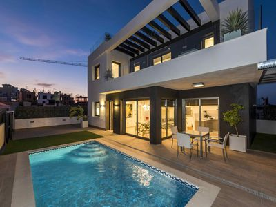 Photo for Luxury golf villa  in Alicante Costablanca for families and groups
