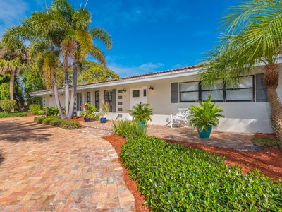 Photo for Pompano Beach Retreat:  Spacious and Sprawling Rambler