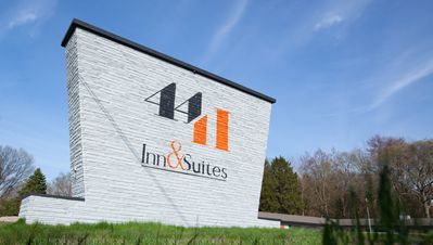 Photo for Boutique property, 4411 Inn & Suites will offer you an unforgettable stay