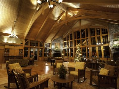 Photo for Soaring Eagle Lodge Ski-in/Ski-out Platinum Rated Studio Condo at Snowshoe