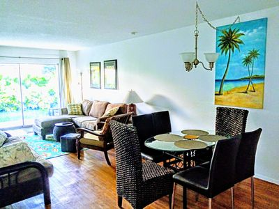 Photo for Near Siesta Key. Updated.  2 King beds, Covered parking, Large covered patio